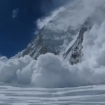 everest_avalanche.png